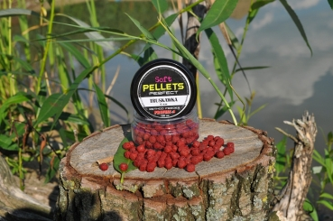 Profess Fishing Method Feeder Soft Pellets Strawberry 6mm 100ml