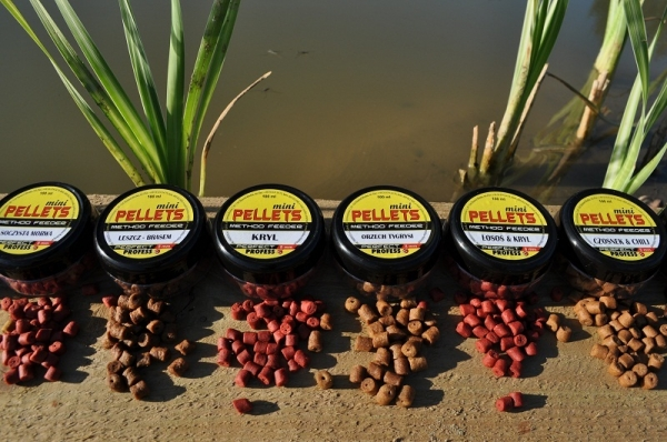 Profess Fishing Method Feeder Pellets Mini Wanilia 8mm